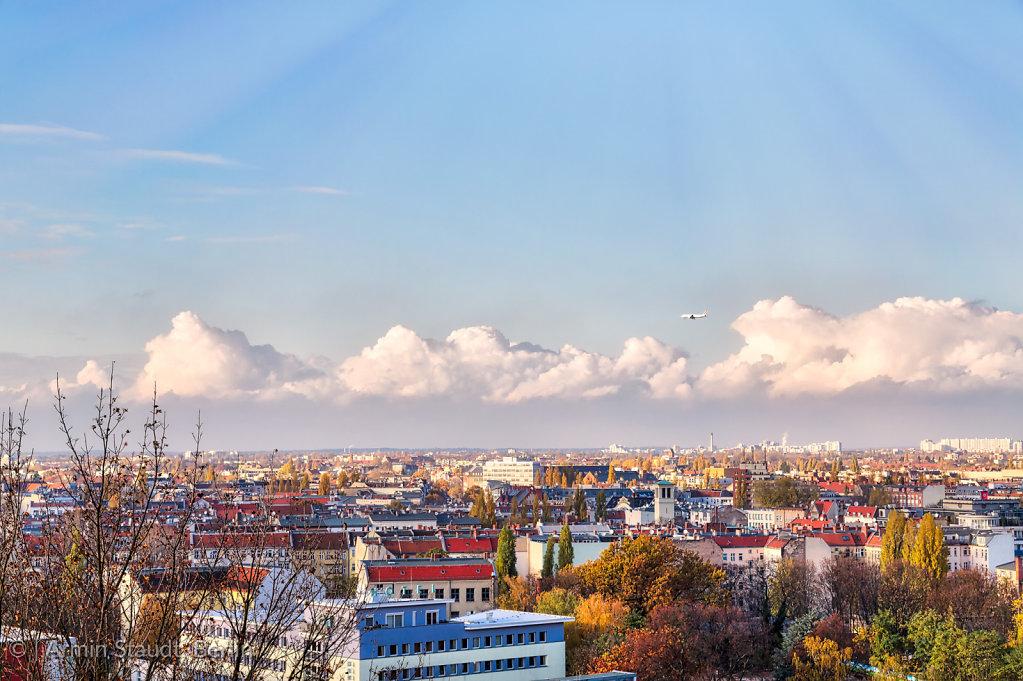 Skyline of Berlin with airplane, Humboldthain